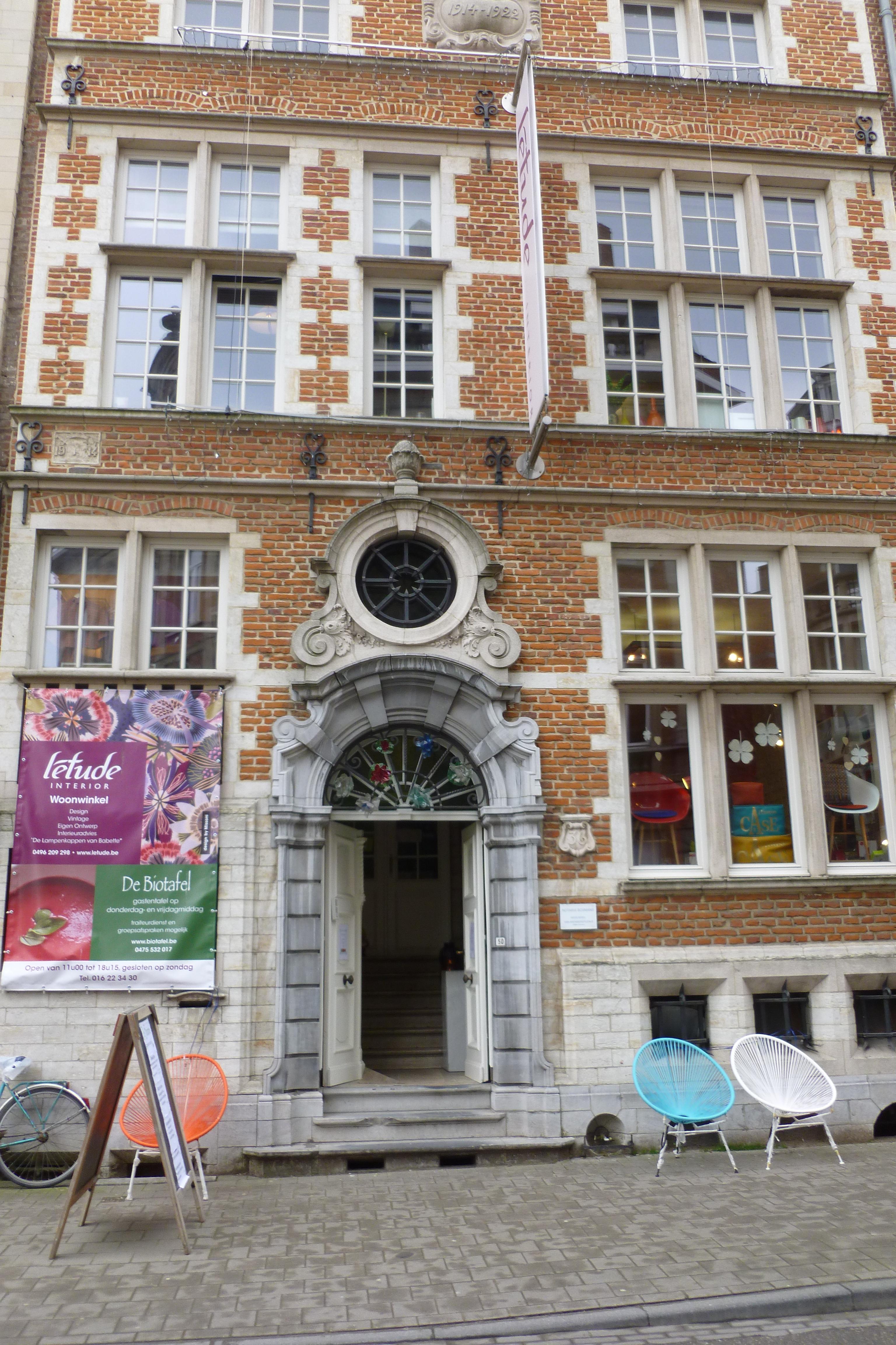 Gespijsd na bezoek aan interieurwinkel leuvenxl - Sofa stijl voormalige ...